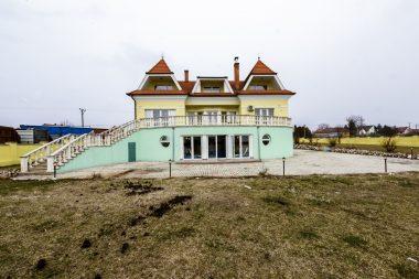 elite-boutique-villa-orkeny-par-orara-buvohely-05